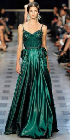 zac posen emerald dress! Aline for chic styles