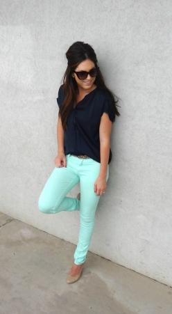 This girl has awesome style! You can get the same look @CAbi Clothing try the Thin Mint Jegging and the Navy New Drape Tee and you can rock this look all day long!!