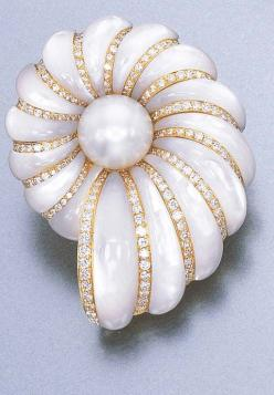 A CULTURED PEARL, DIAMOND AND MOTHER-OF-PEARL BROOCH, BY FARAONE Designed as a mother-of-pearl shell with circular-cut diamond ridges and a cultured pearl centre, mounted in 18k gold
