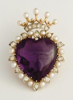 amethyst, diamonds & pearls  http://bigideamastermind.com/newmarketingidea?id=moemoney24