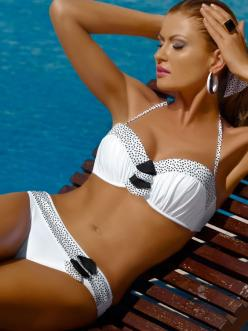 Meriell Club 2013 Swimwear Pearls Bandeau Two Piece Underwire Bathing Suit http://www.elitefashionswimwear.com/pearls-bandeau-bikini-swimsuit.html