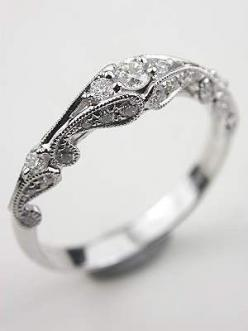 vintage engagement ring - beautiful!