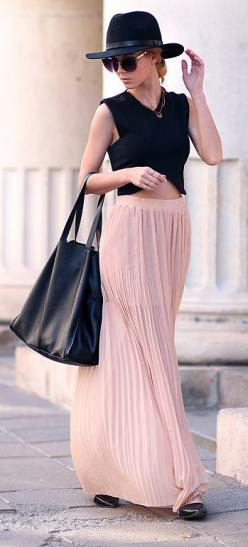 Fun maxi skirt from The Nest on Main. I like these colors!: Fall Maxi Skirt Outfits, Casual Church Outfit, And Dresses, Maxi Skirts Outfits, Maxi Skirt Outfit Fall, Colors Modest, Casual Maxi Skirt, Work Outfit, Pink Maxi Skirt Outfit