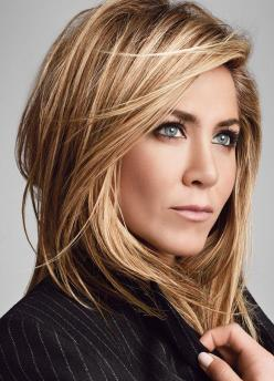 Jennifer Aniston's Hair - my homegirl fa life. still pissed at Angelina..: Warm Blonde, Jennifer Aniston, Hair Color Blond, Haircolor, Hair Cut, Hairstyle, Highlight Lowlight, Hair Colour