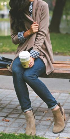 Love this look!! Fall casual FOR 2015 // Street Style Inspiration: Casual Fall Outfit, Ankle Boots Outfit, Cardigan, Ankle Boot Outfit, Fall Outfits, Fall Fashion, Bootie Outfit, Fall Winter