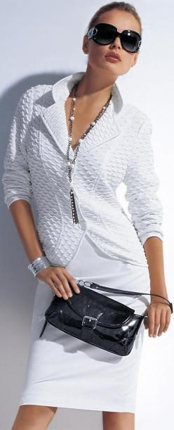 Love this outfit <3 the textured jacket is just beautiful: Women S Fashion, Fashion, Fashion Style, White Fashion, Black And White, Dresses, White Outfit, Styles, White Suits