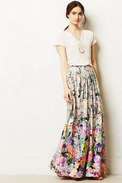 Firefleur Maxi Skirt / runs a wee bit big but it's pretty much perfect (probably should be tall as it hits the floor on me)