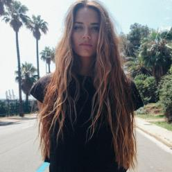 im in the process of growing out my hair and i cant wait until it gets to the length where i can do this!: Beach Waves, Girl, Hair Beauty, Long Locks, Longhair, Gorgeous Hair, Beach Hair, Boho Hairstyles For Long Hair