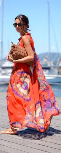 Love her style, perfect for summer, long and flowy maxi dress #Orange