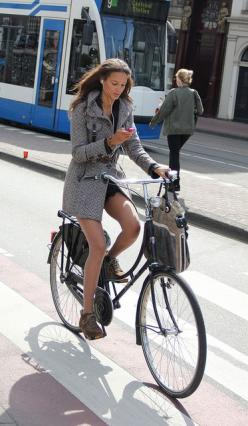 Love the slim line of this coat -- but not the texting :)