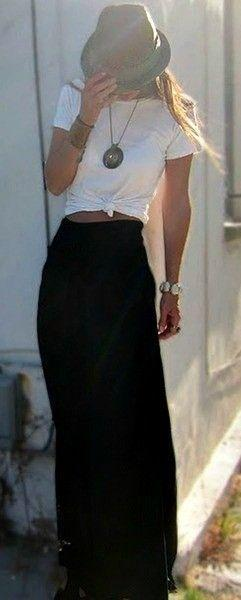 Tee + Maxi (wear an old race T-shirt with a maxi!): Boho Outfit, Casual Outfit, Summer Outfit, Summer Style, Black Maxi Skirt, Maxi Skirt Outfit, Spring Outfit