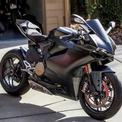 The Dark knight Ducati 1199 panigale. Matched with the dark knight helmet ;D