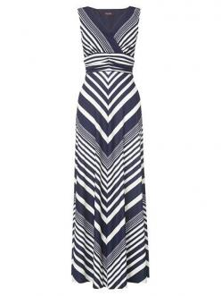 The Pink Lily Boutique - Best Day Ever Tank Chevron Maxi, $44.00 (http://thepinklilyboutique.com/best-day-ever-tank-chevron-maxi/): Neck Sleeveless, Style, Sleeveless Striped, Maxis, Stylish Scoop, Scoop Neck, Chevron Dress, Chevron Maxi Dresses