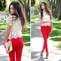 fun fact: it is psychologically proven that you can not be in a bad mood when wearing red pants ;): Lace Tops, Fashion, Red Skinny, Style, Red Jeans, Outfit, Spring Summer, Red Pants