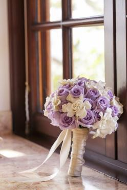 Gardenias and lavender roses double stain wrapped. What a lucky bride!: Roses Double, Lavender Roses, Double Stain, Stain Wrapped, Bride, Wedding Bouquets Purple Roses, Wedding Bouquets Roses Purple, Lavender Rose Bouquet Wedding