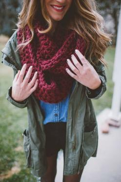 I would wear a black tee under instead of chambray top but still cute: Army Jacket Outfit, Infinity Scarf, Maroon Scarf Outfit, Army Green Jacket, Fall Outfit, Burgundy Scarf Outfit