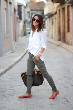 lovely white shirt, cargo pants, flats i so want to be this chick. ive wanted pants with an ankle zip for so long, too bad im too short.: Casual Outfit, Style, Cargo Pants, White Shirts, Whiteshirt, Spring Summer, Green Pants, Skinny Cargo