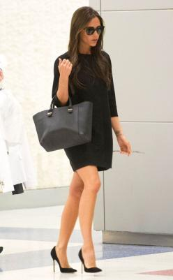 Posh Landing from Celebrity Street Style  Clearly the chicest traveler ever, Victoria Beckham makes her way through JFK airport.: Celebrity Street Style, Fashion, Victoria Beckham, Outfit, Victoriabeckham, Black Dress