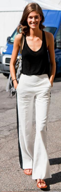 simple, clean and casual.add a blazer/cartigan.great for a summer day !  HotWomensClothes.com: Black And White, Summer Style, Street Style, Outfit, Spring Summer, Black White, White Pants