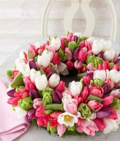 Tulpen-Deko: Tulip Wreath, Flowers Wreaths, Beautiful Flowers, Easter Wreaths, Spring Wreaths, Garden, Beautiful Tulips, Flower, Peonies Flowers Tulips
