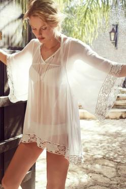 White Offshore Caftan Coverup: Cover Up, Fashion, Style, Caftans, Offshore Caftan, Coverup, Beach Cover
