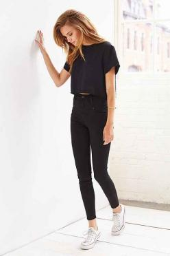 BDG Seamed High-Rise Jean - Black - Urban Outfitters have those jeans and love them :): High Waisted Jeans Outfit, High Waisted Black Jean, Black Crop Top, High Rise Jean, Black Jeans Outfit, White Converse Outfit, All Black Outfit, Black High Waisted Jea
