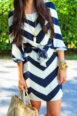 Blue-white chevron dress #spring: Summer Dress, Fashion, Navy Chevron, Style, Dream Closet, Outfit, Dresses, White Chevron, Chevron Dress