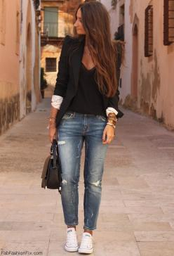 Everyone has a reliable black blazer for work or occasions the converse and bf jeans really make it look casual love it!: Boyfriend Jeans, White Converse, Black Blazer Outfit, Casual Outfit, Fashion, Outfit Idea, Blazer Outfits, Street Style, Black Blazer