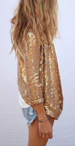 LoLoBu - Women look, Fashion and Style Ideas and Inspiration, Dress and Skirt Look: Gold Outfit, Sequin Jacket, Sparkle, Sequin Blazer, Short Gold Dress