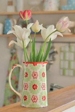 More tulips from the garden, and a new pitcher from Greengate.: Ideas, Tulips, Flowers, Garden, Greengate, Green Gate