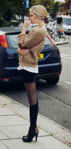 ✯ Street style ✯: Sock, Sweater, Fashion, Street Style, Outfit, Knee Highs, Elbow Patch, Fall Winter