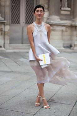 STREET STYLE SPRING 2013: PARIS FASHION WEEK - The blogger behind Gary Pepper Vintage is a proponent of white for always.: 2013 Paris, Street Style, Dress, Style Spring, Street Styles, Paris Fashion Weeks, Spring 2013