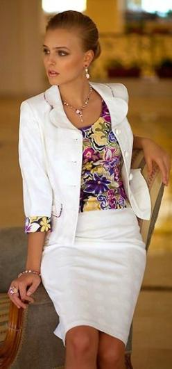 white scalloped collar, 3/4 sleeve, pencil skirt chic: Floral Prints, Work Suits Women Office Wear, The Office, White Suits, Fashions Suits, Office Dresses, Grey Color