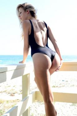 Check out this ass sexy swimsuit model feeling it up all by her lovely lonesome. Observe the randy-rumper-dumper suffering a tremendous booty bisection by that