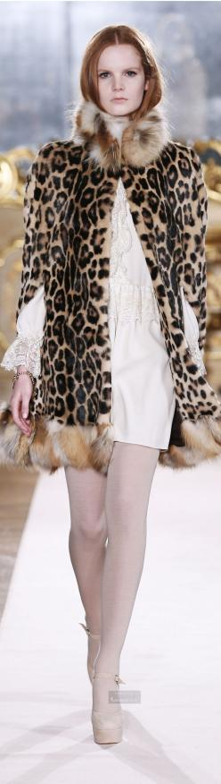 Blugirl Fall/Winter 2014 RTW Milan Fashion Week: 15 Leopard, Leopard Print, Fashion Week, Esos Leopard, Ahhh Leopard