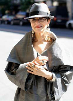 great style. how adorable is that hat with those glasses and statement earrings. It all works together so beautifully: Hats, Advanced Style, Aging Gracefully, Ageless Style, Ageless Beauty, Older Women, Coat, Men Street Styles