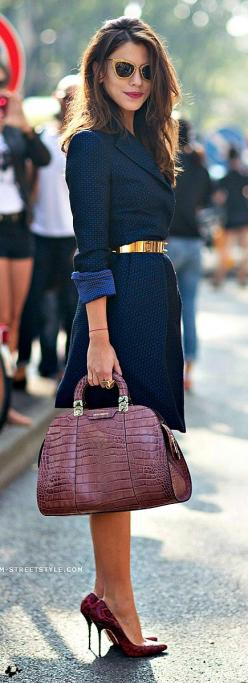 Sophisticated #street #style with those snake skin print shoes <3: Gold Belts, Dress, Street Style, Outfit, Burgundy Handbag, Christmas Gift, Coat