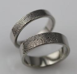 Custom Fingerprint Rings -- I'm in love with these… if I get married one day (and hopefully I will), THESE will be our wedding bands! *daydreams* Such and brilliant idea!
