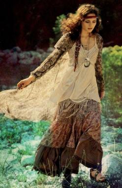 If one half of me is in the 1940s (like my brother has told me),  then the rest of me must be like this: Bohemian, long, artsy styles ;-).
