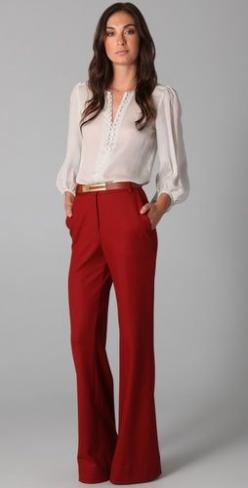 Chic pants, classic top: Wide Leg Pants, Colored Pants, Red Slacks, Red Trousers, Wide Legs, Work Outfits, White Blouses, Business Casual, Work Attire