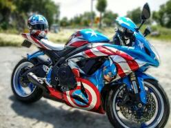 Captain America Motorcycle... beauty on two wheels.