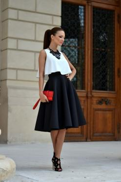9 elegant Valentine's date outfits - Page 8 of 9 - women-outfits.com: Date Night Outfit, Outfit Idea, Dressy Outfit, Fashion Style, White Crop Top, Street Style, Black And White Outfit