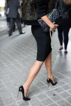 At Louis Vuitton, Paris  what a perfectly fitted skirt, nice small bad and the jacket seems amazing.. just flawless!: Pencilskirt, Women S, Black Pump, Fashion Style, Street Style, Black Pencil Skirts, My Style