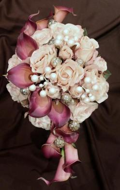 Beautiful Fushia Calla Lilies with Pale Pink Roses accented with some jewels!: Bridal Bouquets, Wedding Bouquets, Calla Lilies, Wedding Ideas, Bridalbouquet, Wedding Flowers, Dream Wedding, Calla Lillies