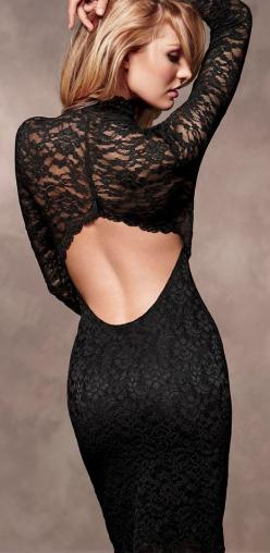 Black Keyhole Lace: Dress Black, Classic Black Dress, Fashion Style, Black Fashion, Black Laces, Classic Dresses, Black Lace Dresses, Little Black Dresses