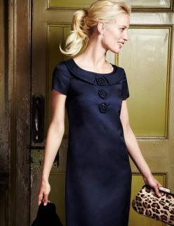 Boden designer. I typically wear dresses like this when I go out.  Very simple Jackie O look is what I love.: Retro Dress, Christmas Dresses, Classic Navy, Boden Dress, Classic Dresses, Dress 60S Style, Boden Navy, Bottom Clothing