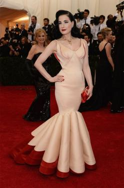 Dita Von Teese | All The Pretty Dresses From The 2014 Met Ball - I love this dress! It's reminiscent of the fabulous designer Charles James.: Fashion Redcarpet, Posen Gowns, Gowns Dresses, Highlights Gala 2014, 2014, Dita Von Teese Clothes, Red Carpet
