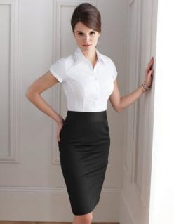 Looks amazing but I really need to start accepting that stuff does not look the same on me as it does on some model in a photo shoot :): Pencil Skirt Outfits For Work, Black Skirt Outfit For Work, Black And White, Black Skirts, White Blouses, Work Outfit,