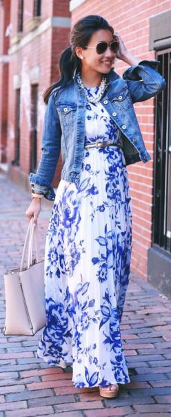 Love this dress! You can use opening night pearls to complete this look!: White Maxi Dress, Floral Maxi Dress, Blue Floral Dress, Pleated Maxi Dress, Street Style