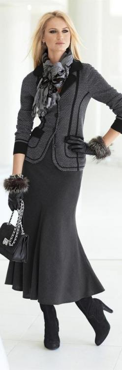 Love this!  The link connects to a home decorating website that has nothing to do with the picture, but I still like the outfit!: Mid Length Skirts, Winter Skirt, Classic Fashion, Fashion Classy, Winter Outfit, Fall Outfit, Work Outfit, Skirt Fashion